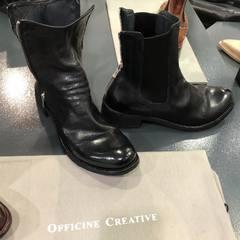 Nouveaux pieds Officine créative